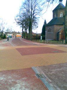 Reconstratie openbare ruimte Kapelstraat 1 Carré te Afferden